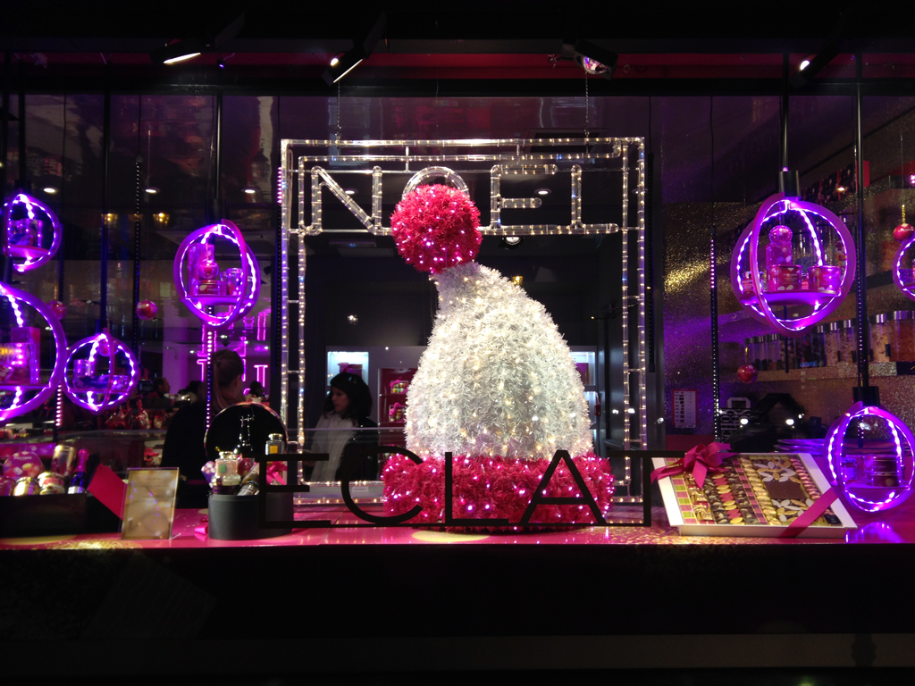 #7B11BA Fauchon Paris Related Keywords Fauchon Paris Long Tail  7130 Deco De Noel Vitrine 1024x768 px @ aertt.com