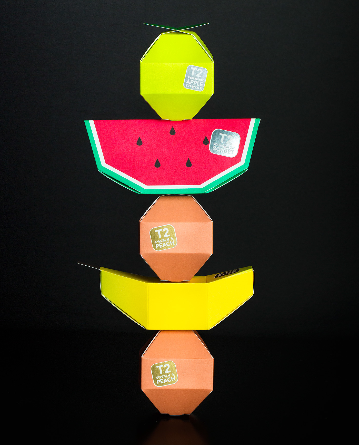 Le design packaging à Noël : une sélection de l'agence Curius et Inouï - Christopher Stanko sur Behance