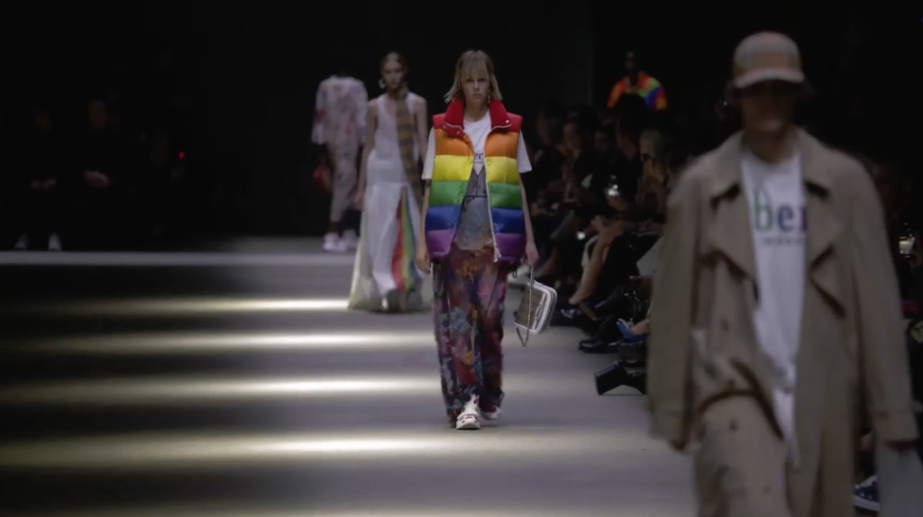 Fashion Week : les marques s'engagent sur le catwalk